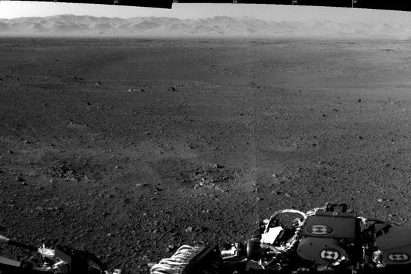 Mars-Curiosity-pierwsze-zdjecia