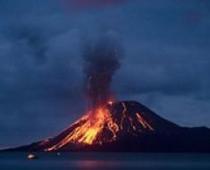 Wulkany-wrzesien-krakatau
