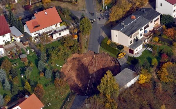 dziura-w-ziemi-2