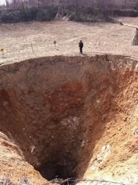 dziura-w-ziemi-3
