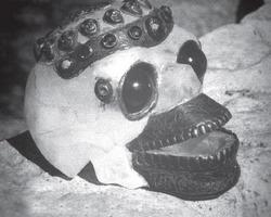Jedna z kryształowych czaszek – śmiejący się Budda