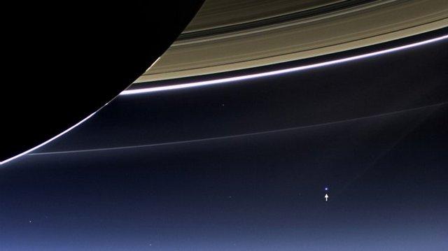 Cassini-Saturn-Messanger1