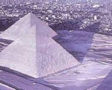 PiramidyPodSniegiemEgipt