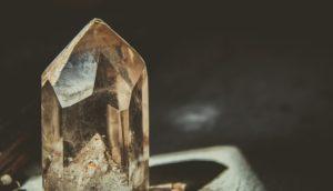 kamienie szlachetne i kryształy