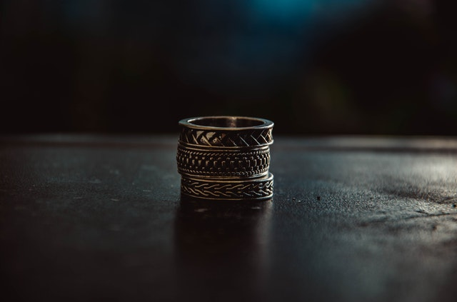 pierścień atlantów